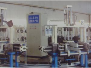 重力铸造机的预热及热处理