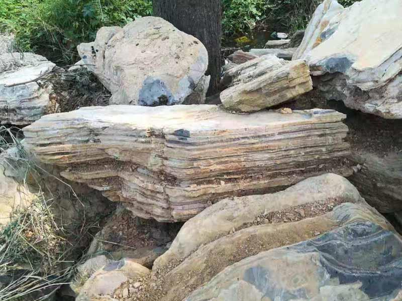 千层石假山的建造过程