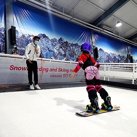 室内滑雪机和真实雪场到底有什么区别?