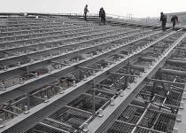 影响铝镁锰屋面板的防水...